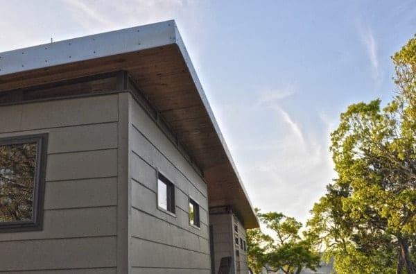 504-sq-ft-kanga-modern-cabin-with-breezeway-porch-00016-600x395