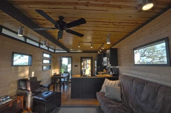 Modern 500 Sq Ft Cabin Makes The Most Of Every Square Inch