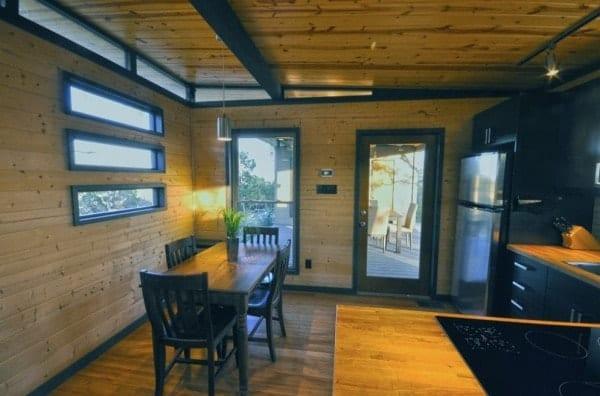 504-sq-ft-kanga-modern-cabin-with-breezeway-porch-00027-600x396