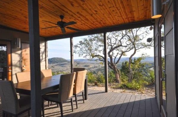 504-sq-ft-kanga-modern-cabin-with-breezeway-porch-0008-600x395