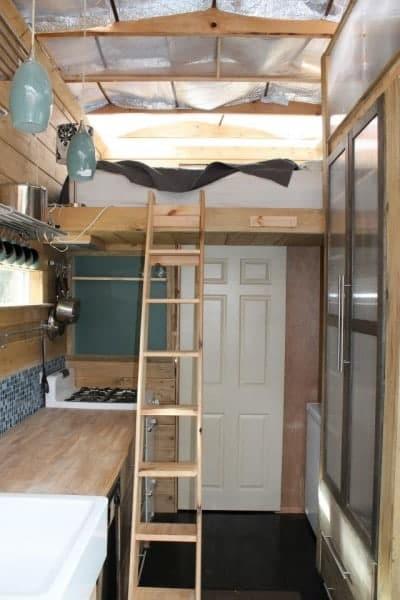 nathans-tiny-house-on-wheels-08-400x600