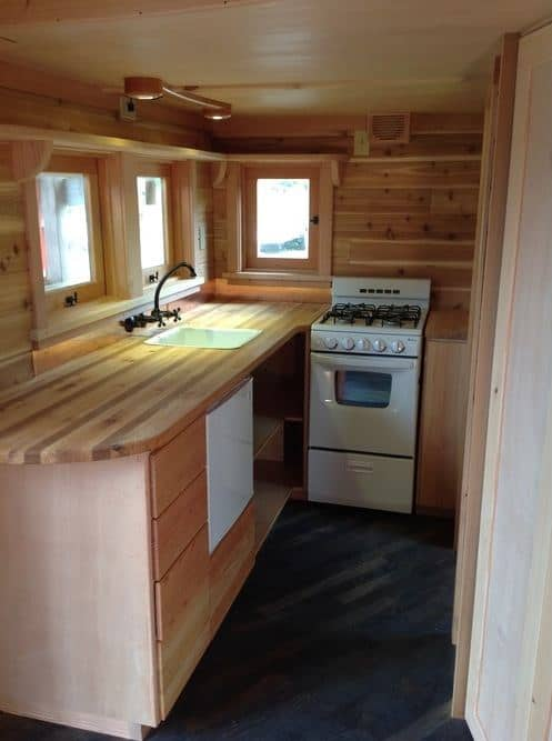 pineafore-tiny-home-on-wheels-by-zyl-vardos-0019