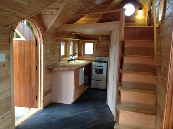 pineafore-tiny-home-on-wheels-by-zyl-vardos-009-600x447