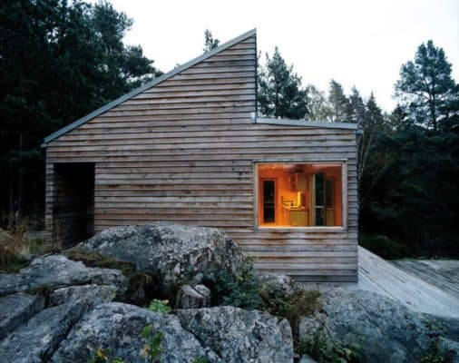 Woody-35-Cabin-by-Marianne-Borge-02-600x474