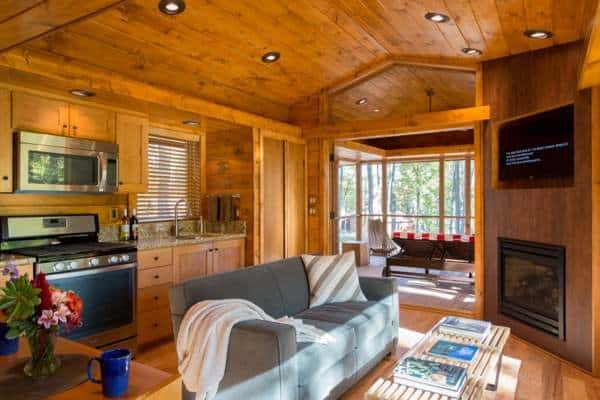 Tiny Rustic Cabin With Wheels And A Stunning Interior Tiny House