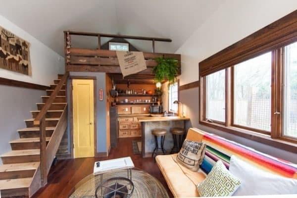 Rustic Modern Tiny House Pdx 005 600x400