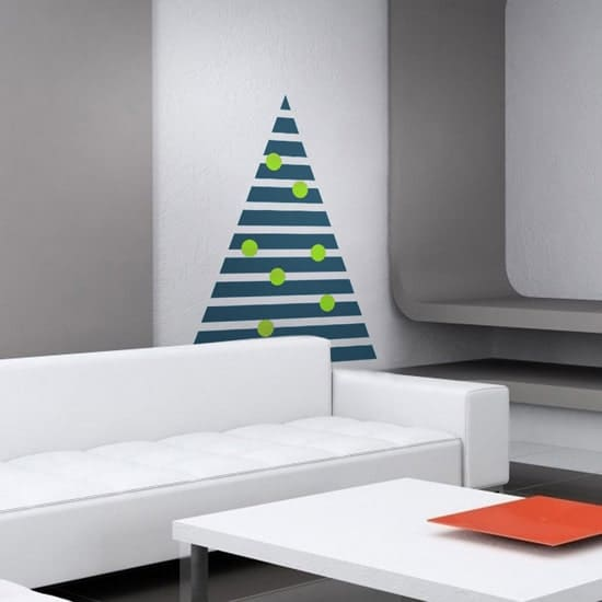 1ChristmasTreeDecal-550