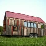 """Salvage Chic: 200sf """"Pocket Shelter"""" is Overflowing With Rustic Charm"""