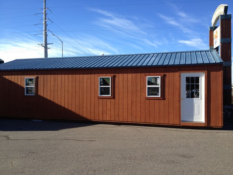 Portable Building 1640 with Many custom features Tiny