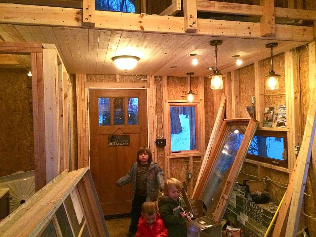 Newly single mother of three goes offgrid her empowering for Off grid cabin foundation