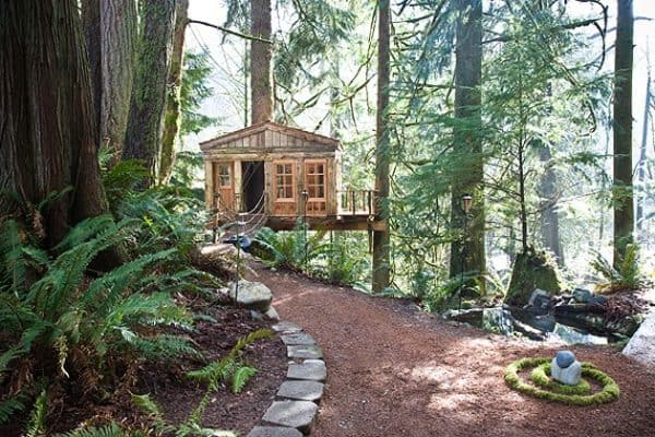 Whimsical-Treehouse-Point-Getaway-in-Issaquah-WA-5