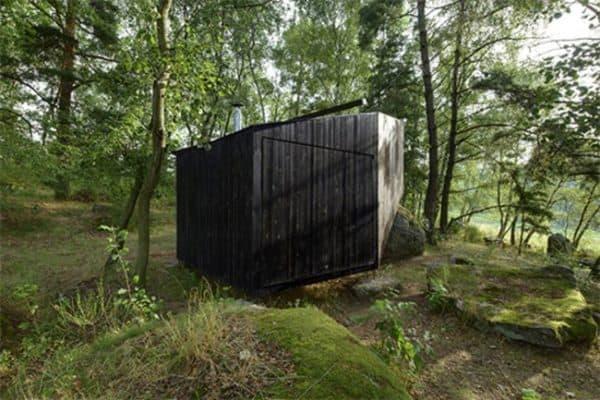 forest-retreat-uhlik-architekti-5.jpg.650x0_q85_crop-smart