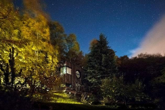 timber-cabin-built-two-days-10-night-thumb-630xauto-32899
