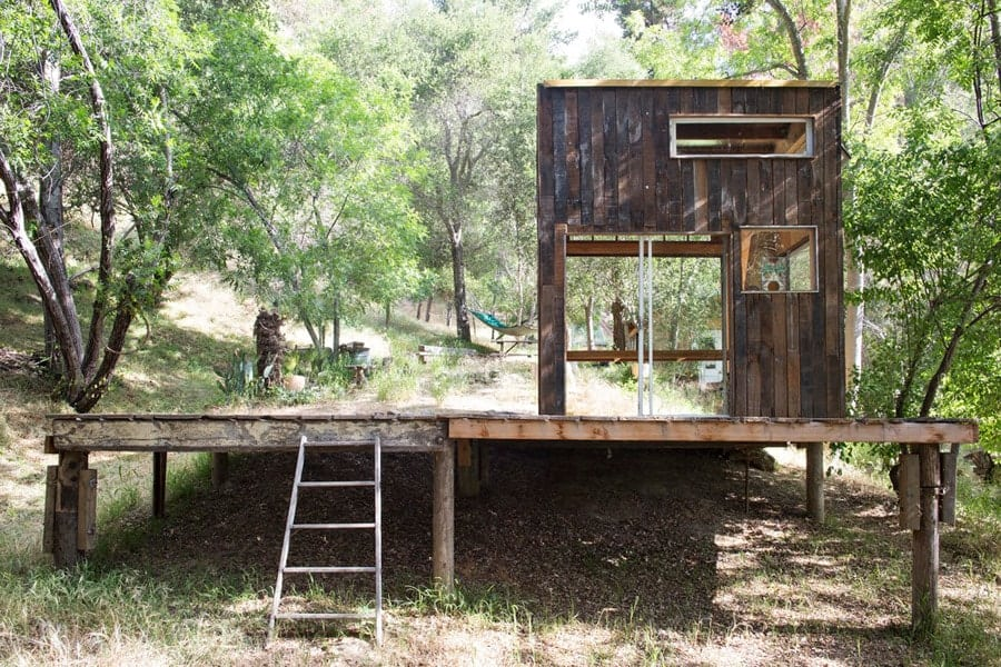 Artist Carves a Weekend Retreat in Northern California