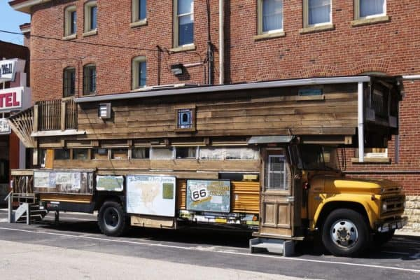 5 Creative Examples Of Buses Converted Into Homes