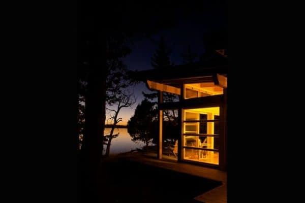 adventure-journal-weekend-cabin-gulf-island-bc-10