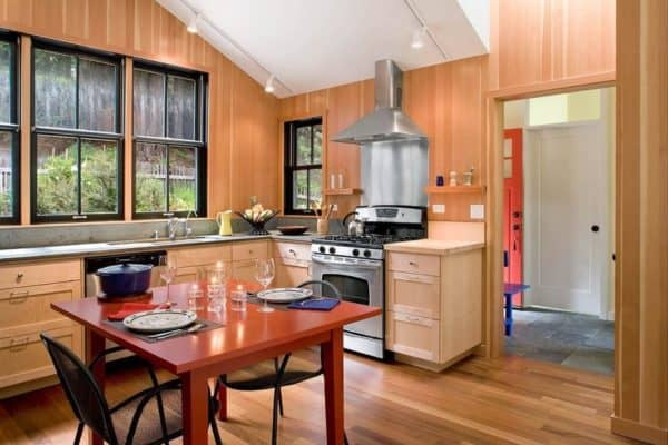 cathy-schwabe-mendocino-county-kitchen