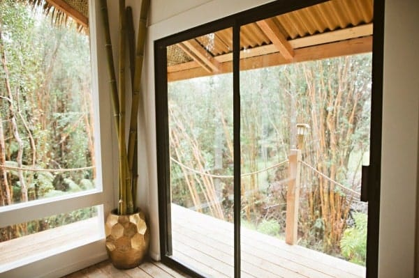 hawaiian-treehouse-tiny-house-vacation-in-hawaii-kristie-wolfe-003-600x399