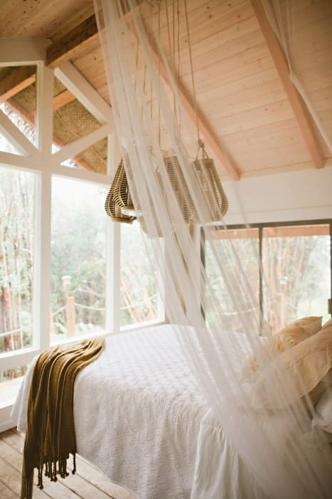 hawaiian-treehouse-tiny-house-vacation-in-hawaii-kristie-wolfe-004-600x902