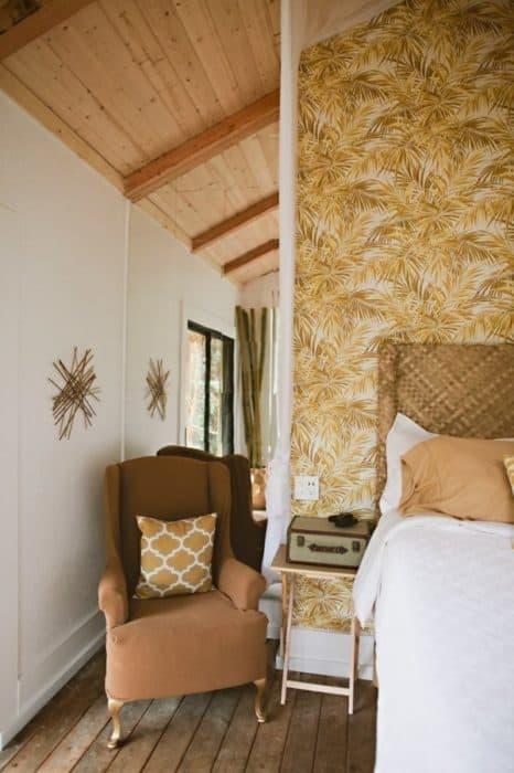 hawaiian-treehouse-tiny-house-vacation-in-hawaii-kristie-wolfe-005-600x901
