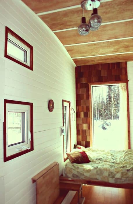 inside3-leaf-house-version-3