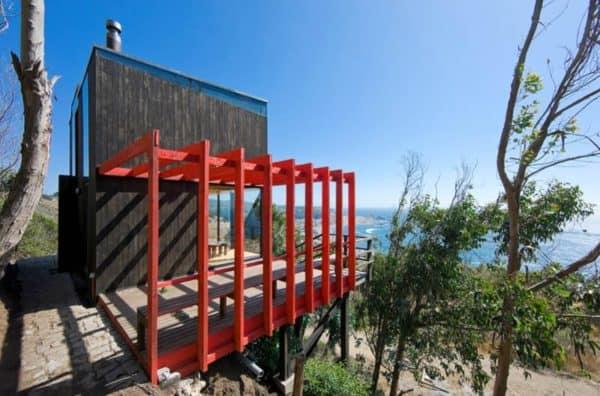 2-Hermanos-Cabin-Small-Cabin-WMR-Arquitectos-Chile-Exterior