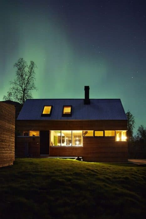 54dabb2ce58ececb5300008d_cabin-laksvatn-hamran-johansen-arkitekter__mg_1604-666x1000 (1)