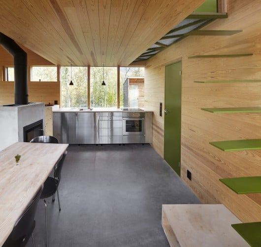 54dabbfbe58ecec72f0000a7_cabin-laksvatn-hamran-johansen-arkitekter_untitled_panorama12don5s-530x500