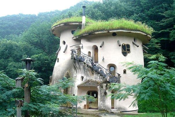 Fairy Tale 03 - Tiny House for Us