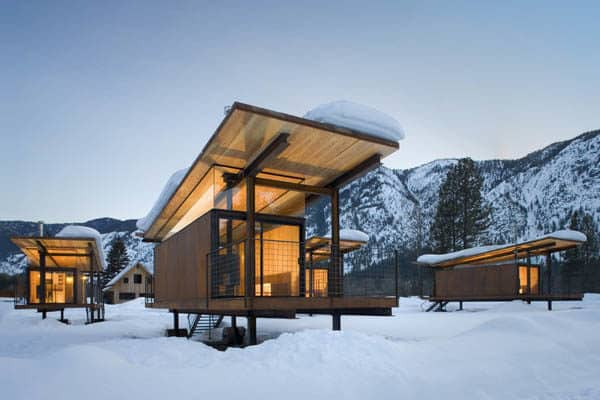 Rolling-Hut-Mazama-Winter