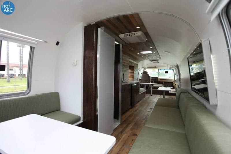 airstream-motorhome-9