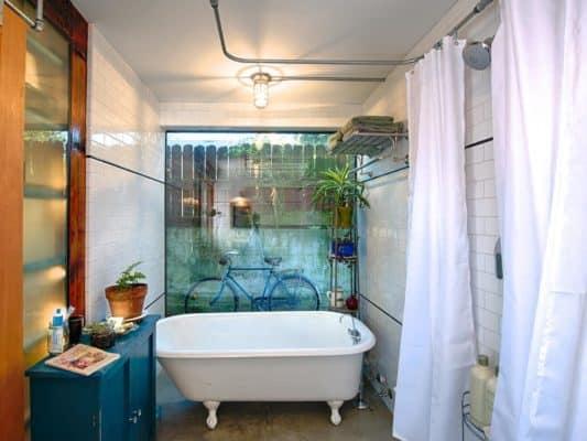 cast-architecture-lichtenstein-bathroom