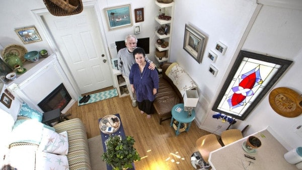 dp-karen-and-tom-rogers-tiny-house-vs-york-co-006-600x337