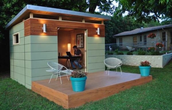 modern-studio-exterior-doors-open