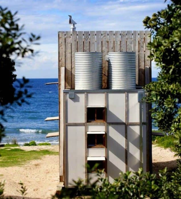 movable-beach-tiny-house-new-zealand-the-flying-tortoise-006