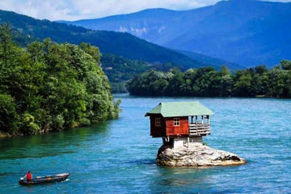 1_river-house-360x240
