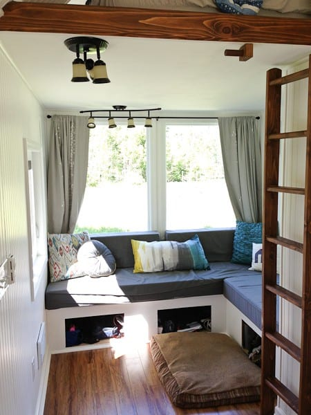almost-glamping-tiny-house-03