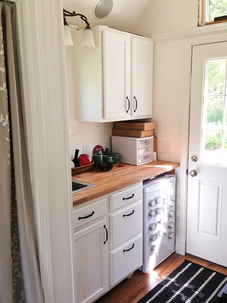 almost-glamping-tiny-house-08