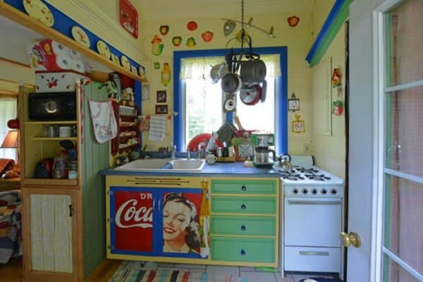 corl-cottage-kitchen-1