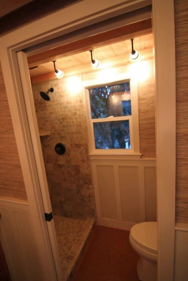 craftsman-style-bungalow-molecule-tiny-home-0011-600x897