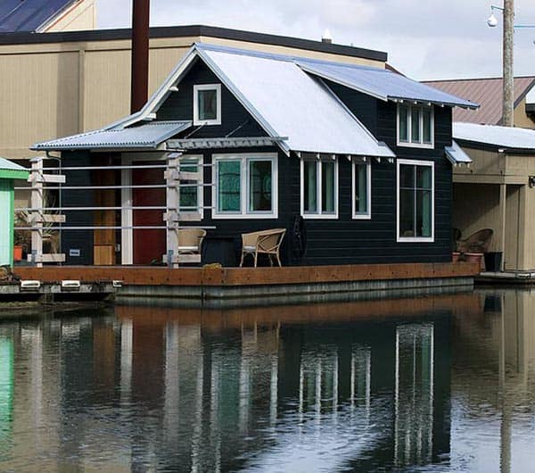 floating-house-studio-hamlet-architects-1.jpg.650x0_q85_crop-smart