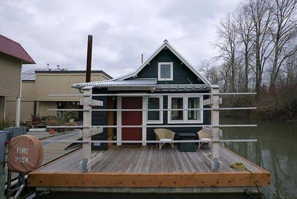 floating-house-studio-hamlet-architects-5.jpg.650x0_q85_crop-smart