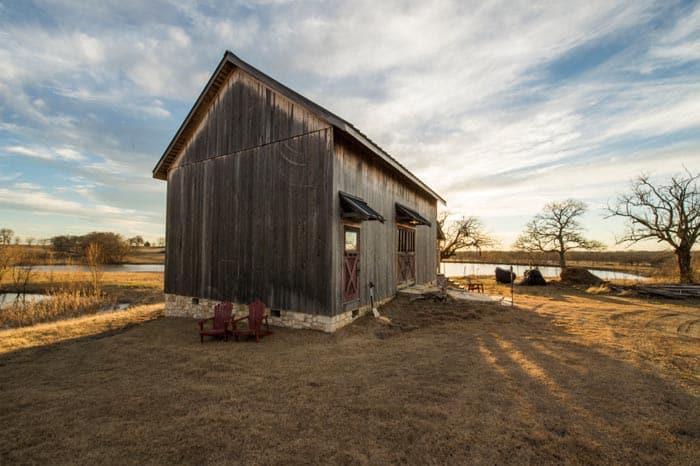 mckinney-barn-house-11