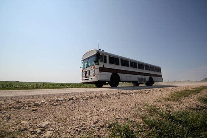 new-oregon-trail-bus-1