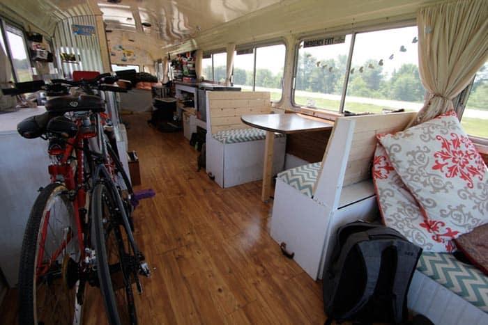 new-oregon-trail-bus-2