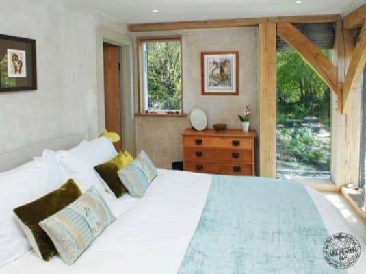 646-sq-ft-carpenter-oak-cottage-005-600x449
