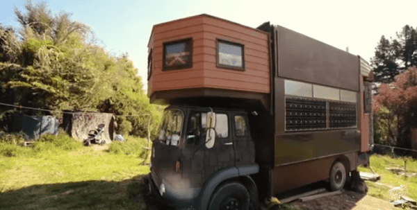 House Truck folded