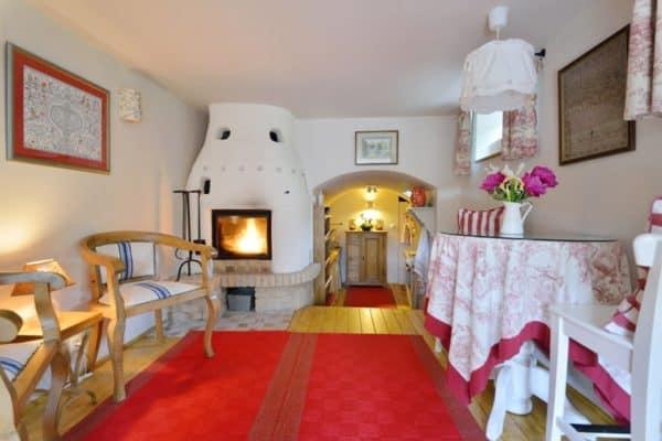 jozsis-cottage-2