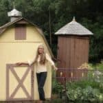 This Woman Built An Offgrid Village Of Tiny Victorian Homes