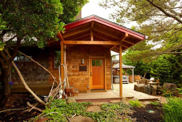 Backyard Bohemian Studio Packs In Lot Of Luxury